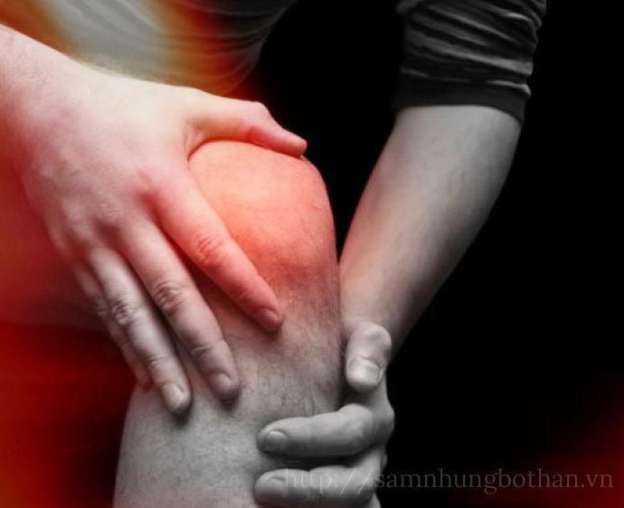 Massage, chườm nóng, lạnh trị mỏi gối
